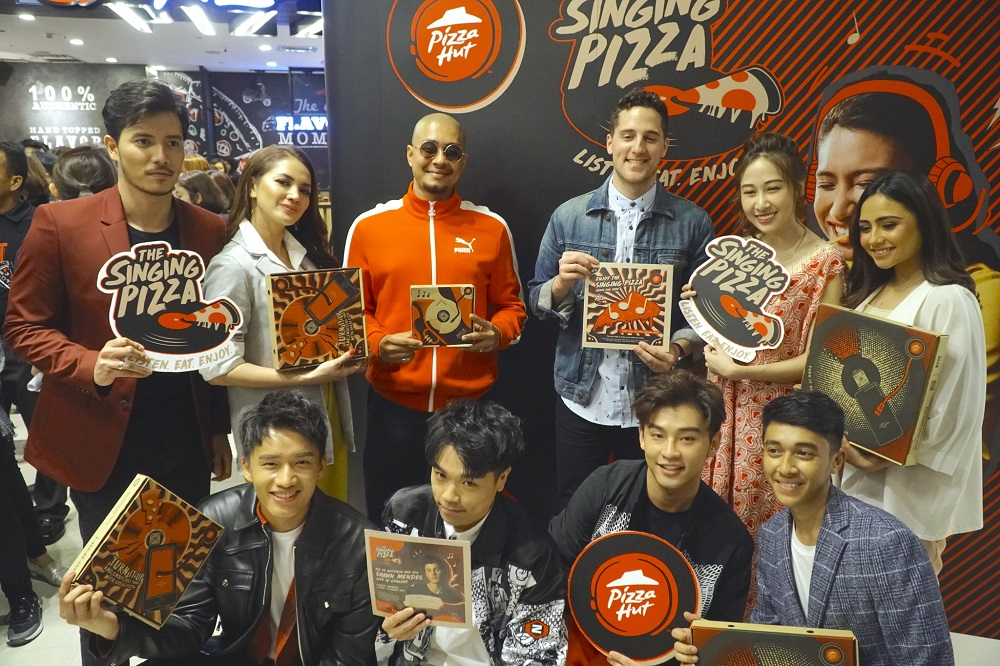 'The Singing Pizza' oleh Pizza Hut