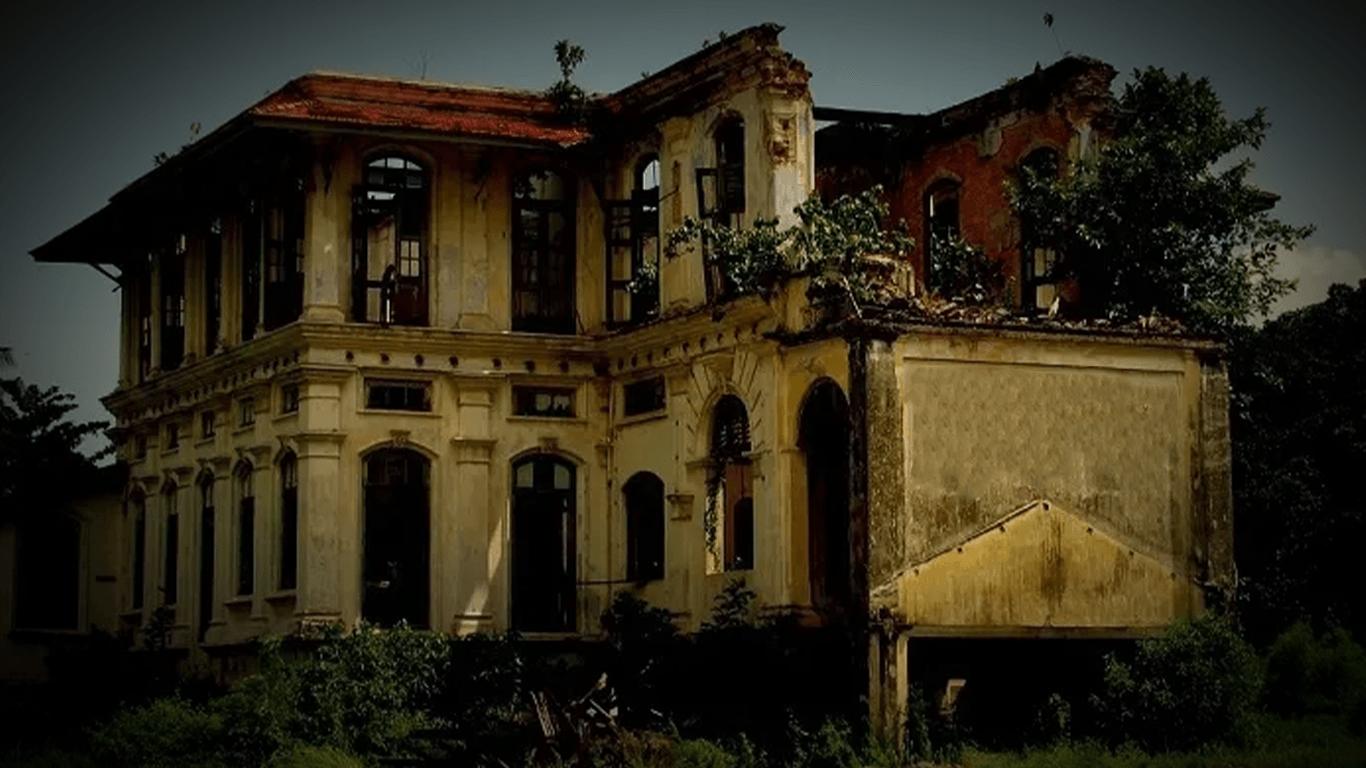 10 Rumah Hantu paling SERAM Sedunia