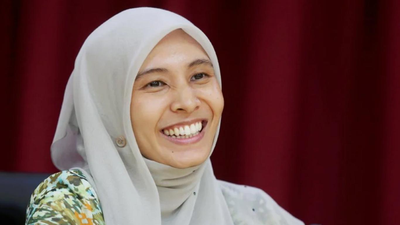 Top Secret Nurul Izzah Anwar
